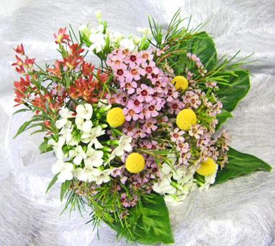 ワックスフラワーの花束