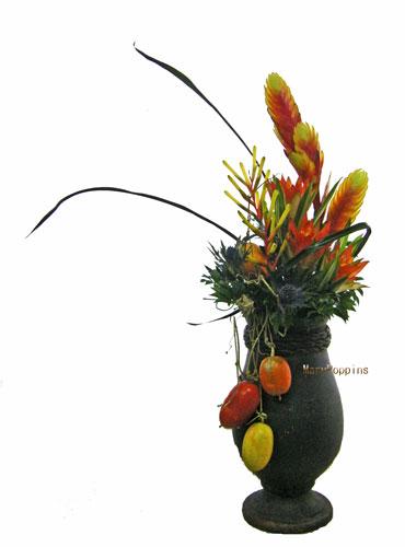 アナナスとカラスウリのアレンジ